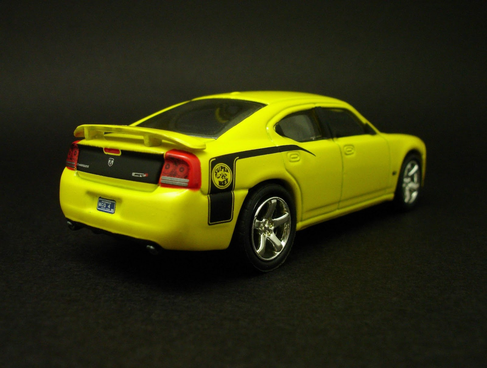 Dodge Charger SRT8 Super Bee (2007) - pictures, information 2007 super bee pictures