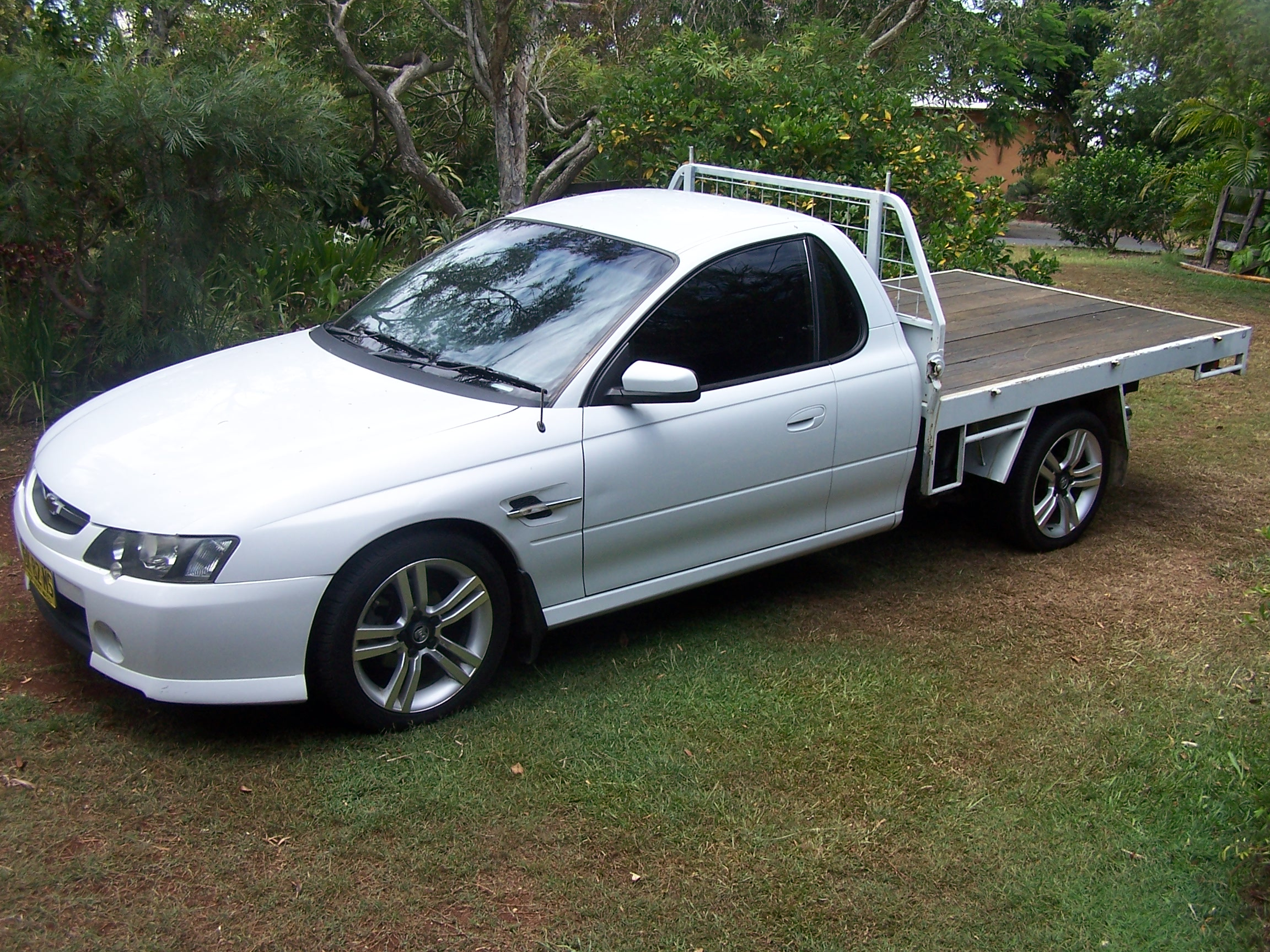 2005 holden vz one tonner cross 6 gallery hd cars wallpaper 2004 holden vz one tonner image collections hd cars wallpaper 2005 holden vz one tonner cross vanachro Gallery
