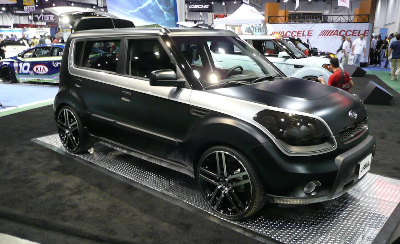 The Latest 2017 Kia Soul Concept Refresh Brings Forth A Mulude Of Updates And Upgrades That Car Brands Hopes Will Help Cement Its Position At Helm
