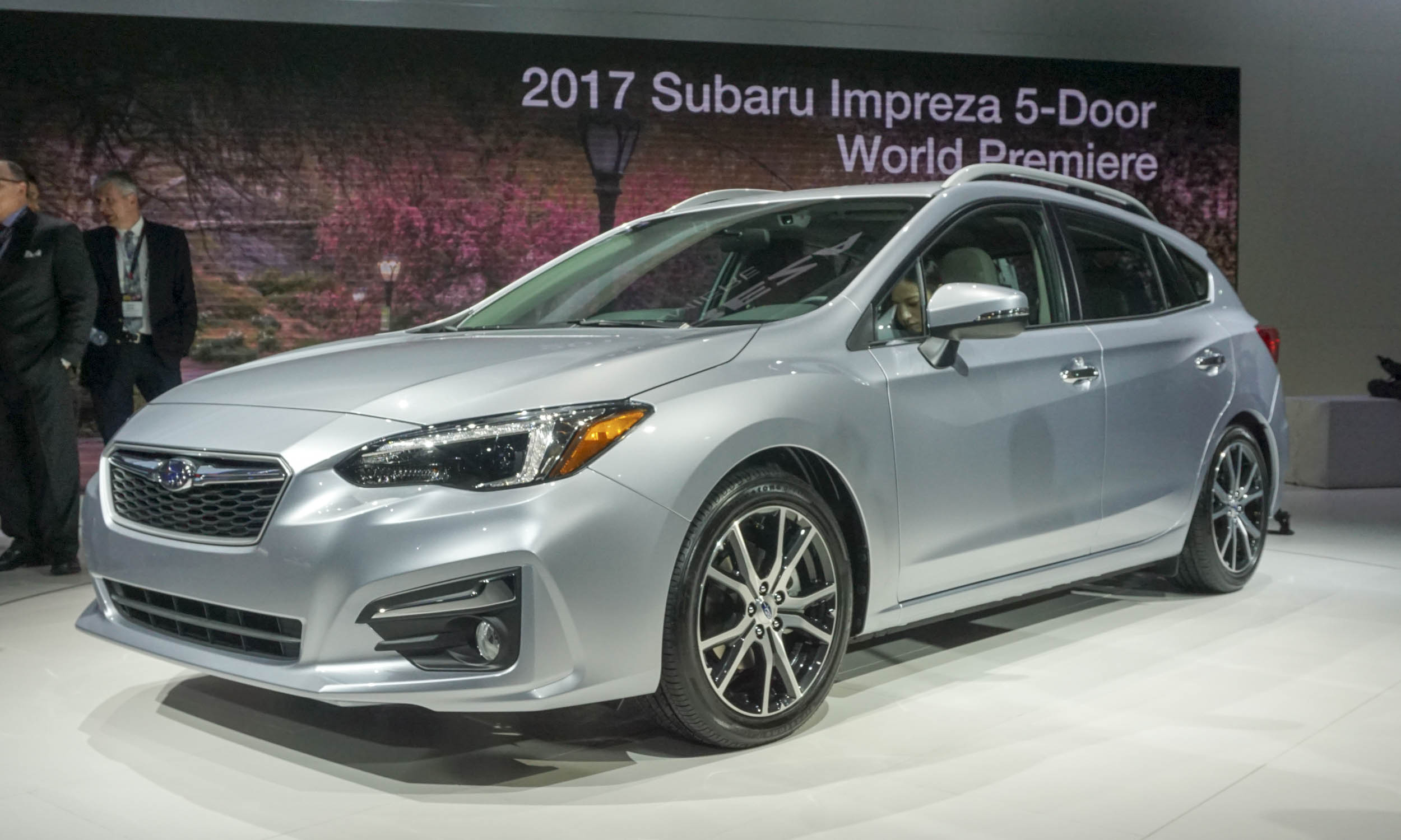 2017 subaru impreza 5 door car photos catalog 2018. Black Bedroom Furniture Sets. Home Design Ideas