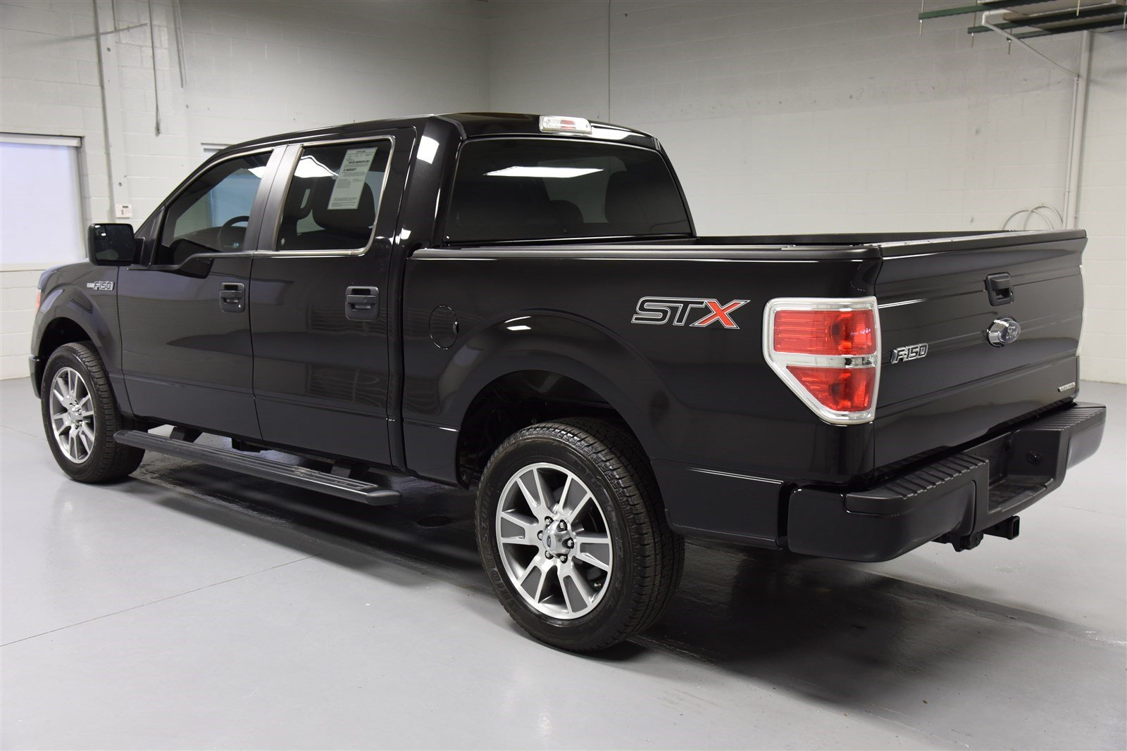 2018 ford f 150 stx supercrew car photos catalog 2018. Black Bedroom Furniture Sets. Home Design Ideas