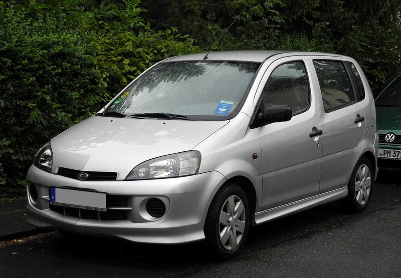 2018 Daihatsu Yrv Turbo 130 Car Photos Catalog 2018