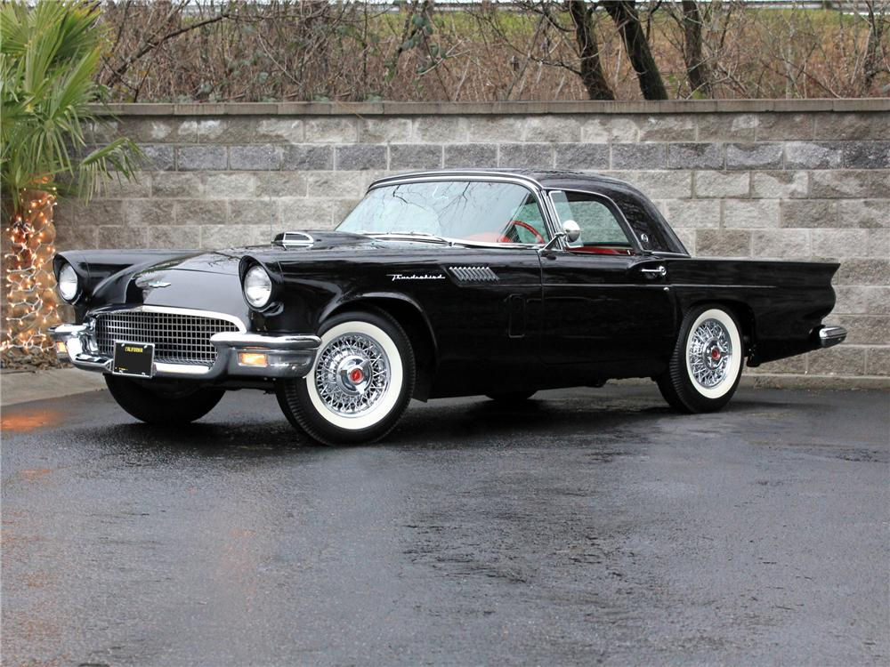 1957 Ford Thunderbird photo - 3