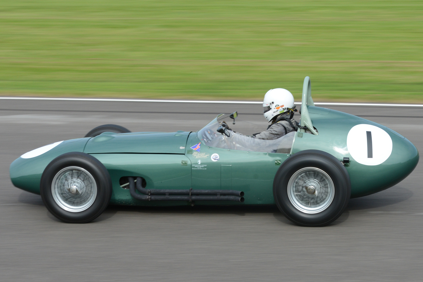 1959 Aston Martin DBR4 photo - 2