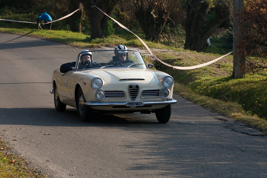 1962 Alfa Romeo 2600 Spider photo - 3
