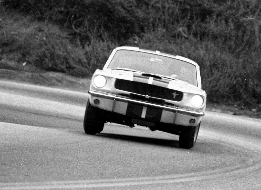 1965 Ford Mustang Shelby GT350 photo - 2