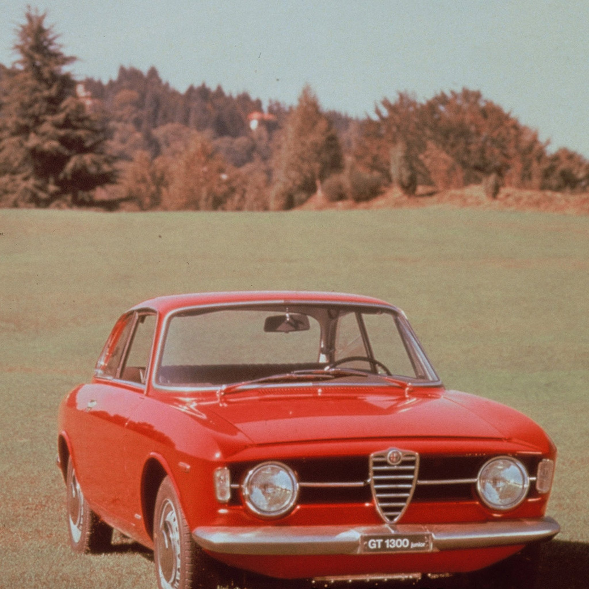 1966 Alfa Romeo Giulia Coupe 1300 GT Junior photo - 2