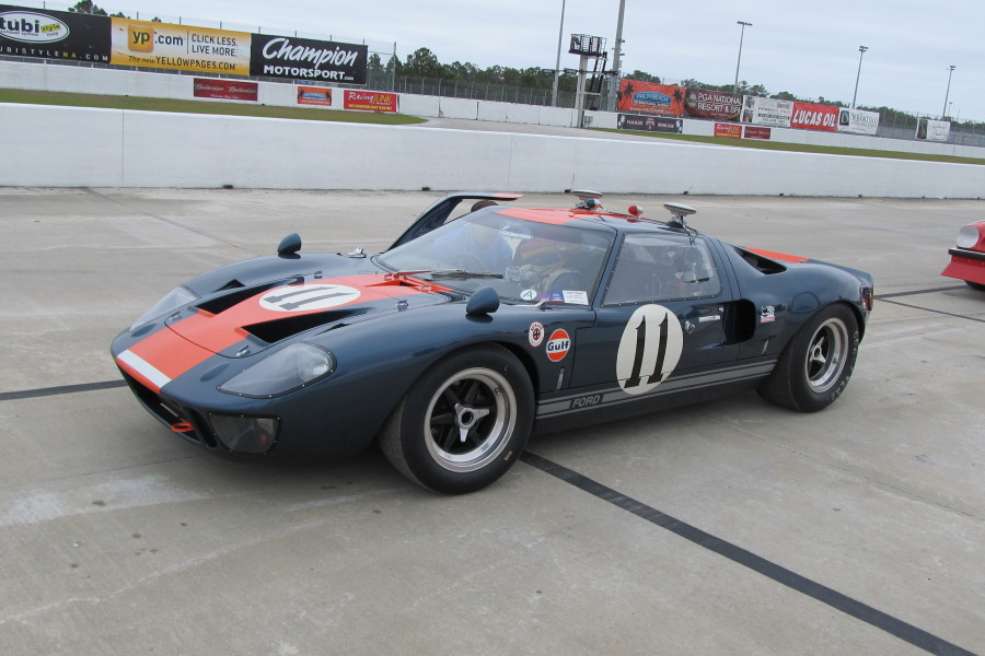 1966 Ford GT40 photo - 3