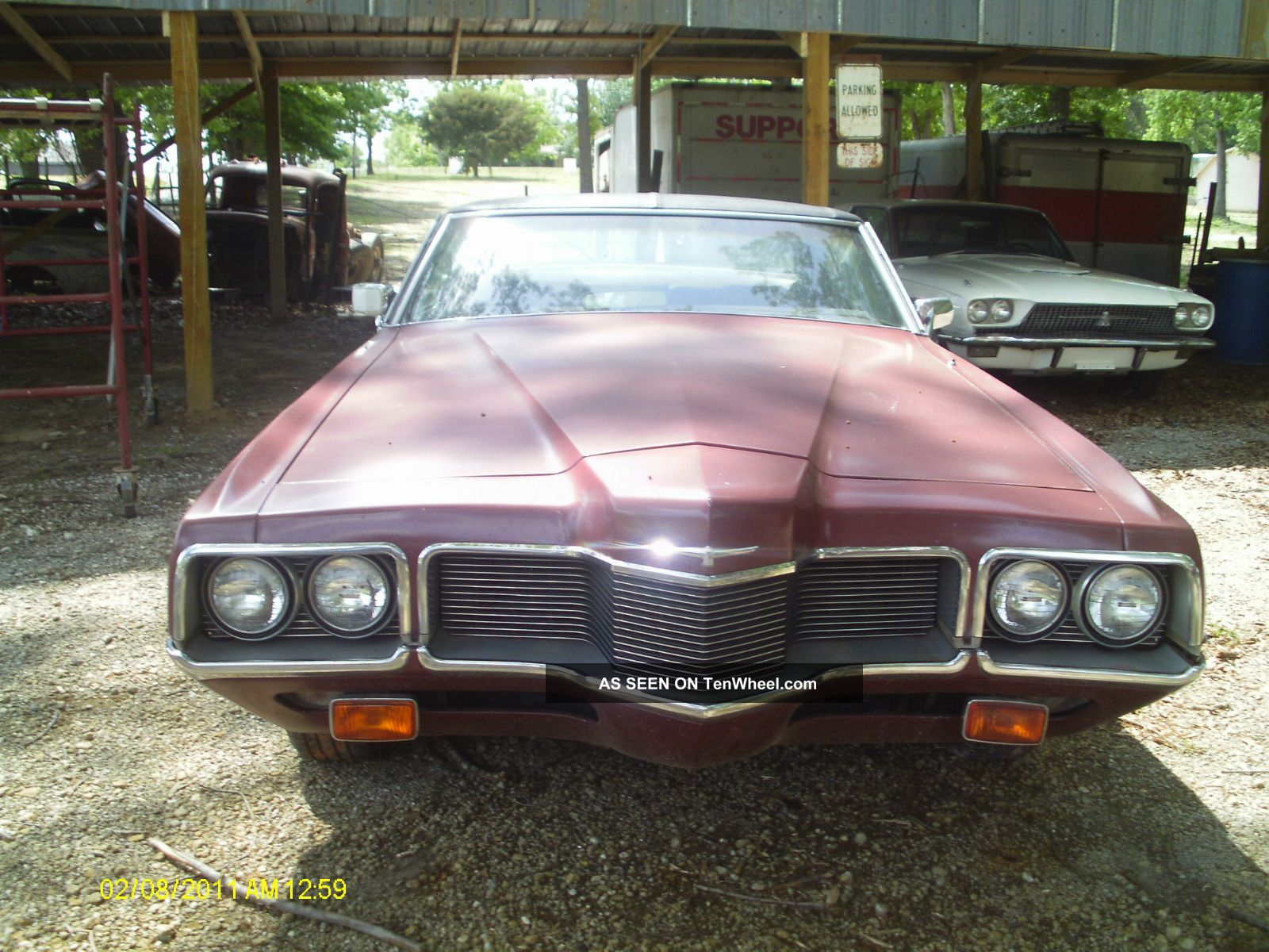 1970 Ford Thunderbird photo - 2