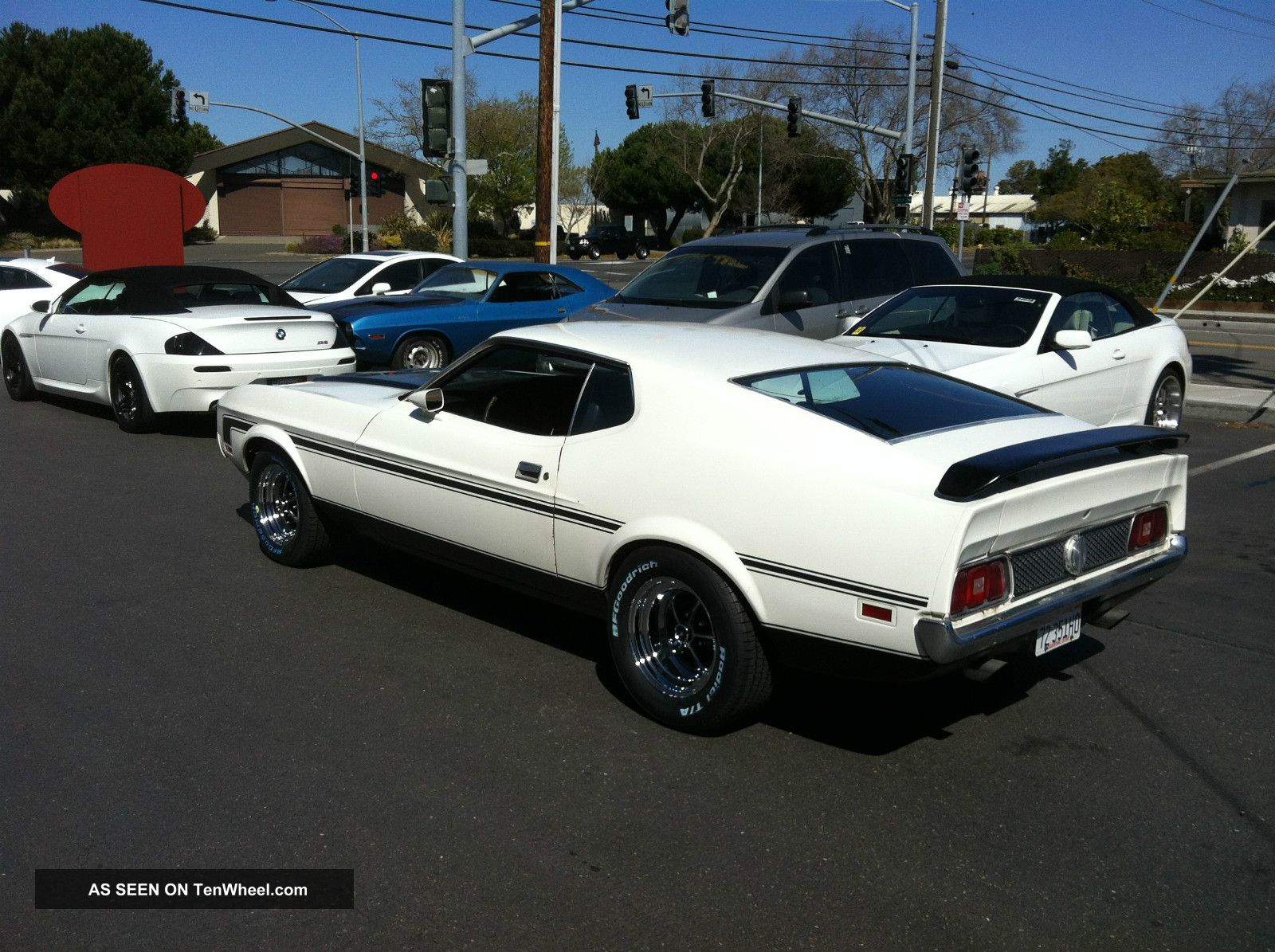 1972 Ford Mustang Mach 1 photo - 3