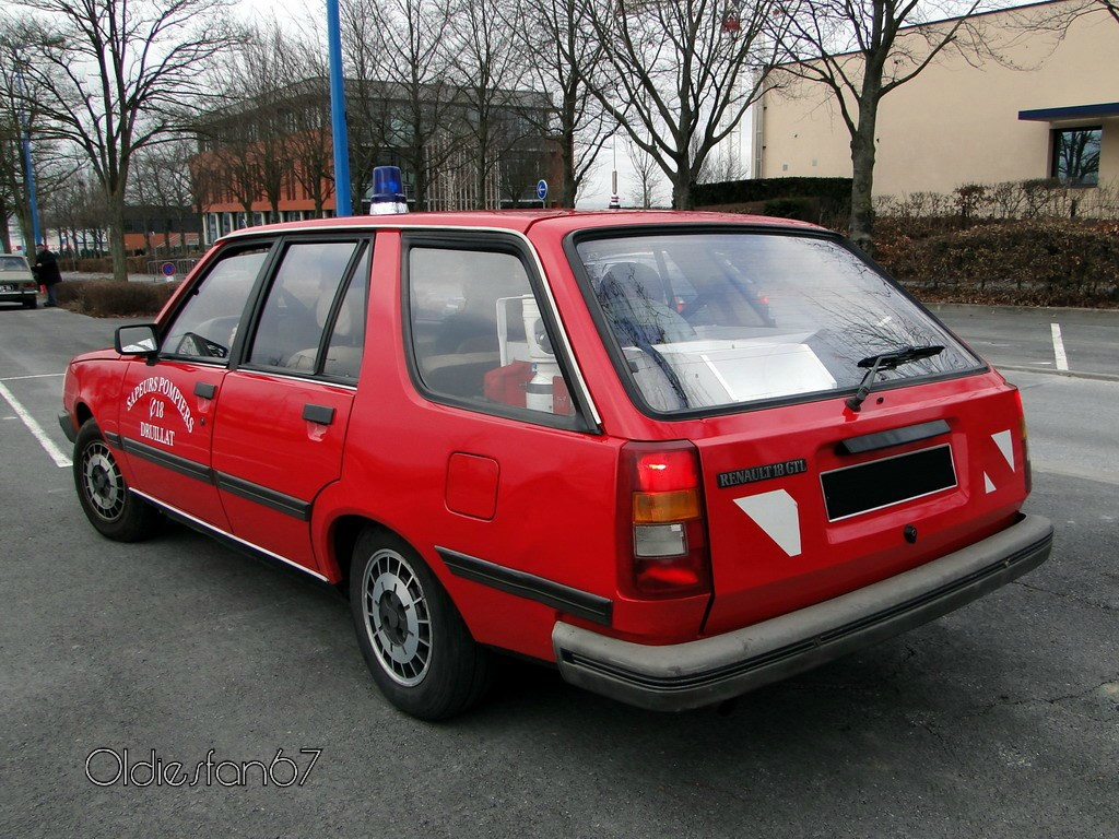 1984 Renault 18 TL Type 2 photo - 3