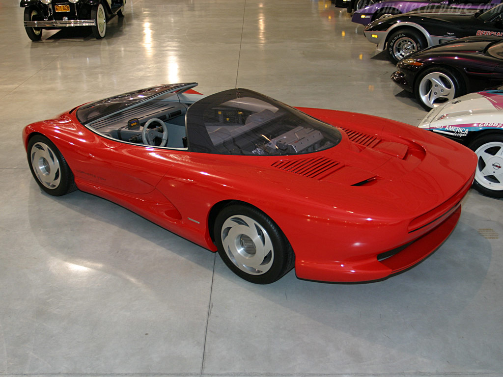 1986 Chevrolet Corvette Indy Concept Car photo - 2