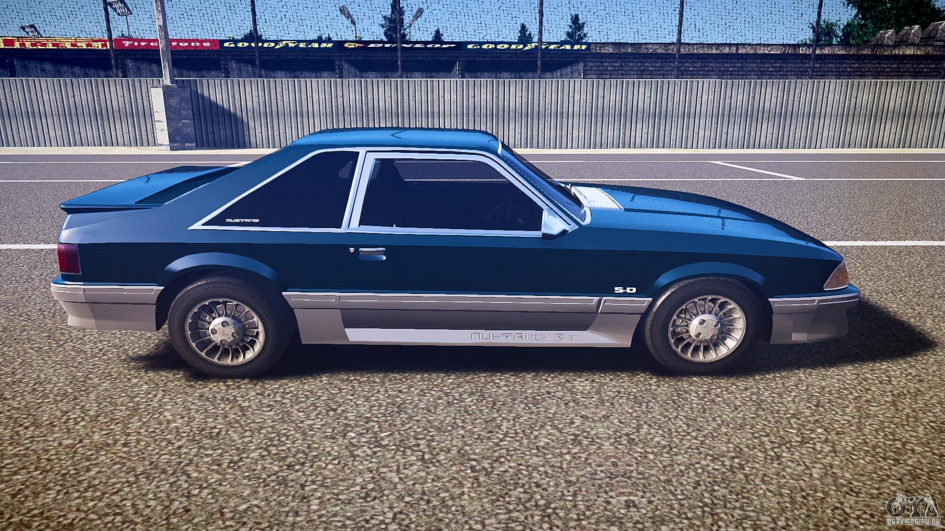 1993 Ford Mustang GT photo - 2