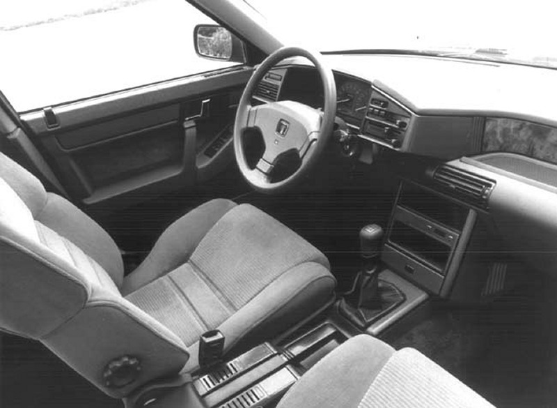 1996 Rover 800 Coupe photo - 3