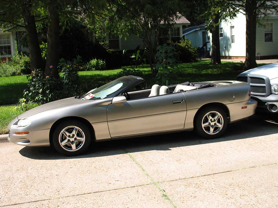 2001 Chevrolet Camaro Convertible photo - 2