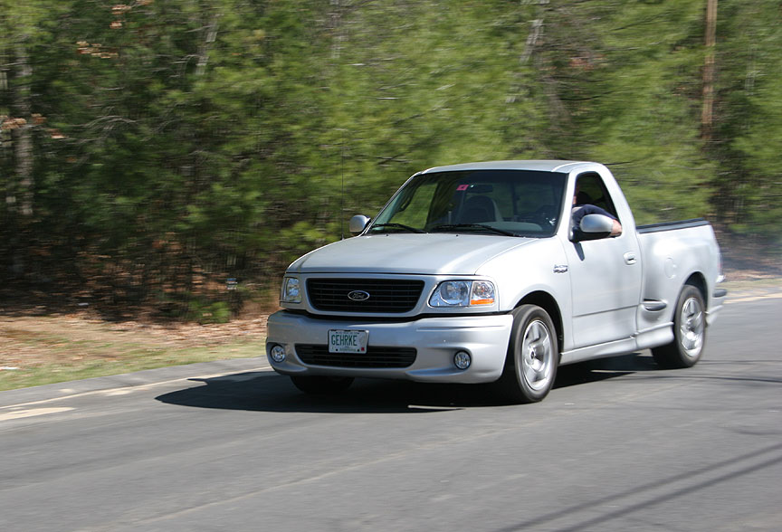 2001 Ford F 150 SVT Lightning photo - 2