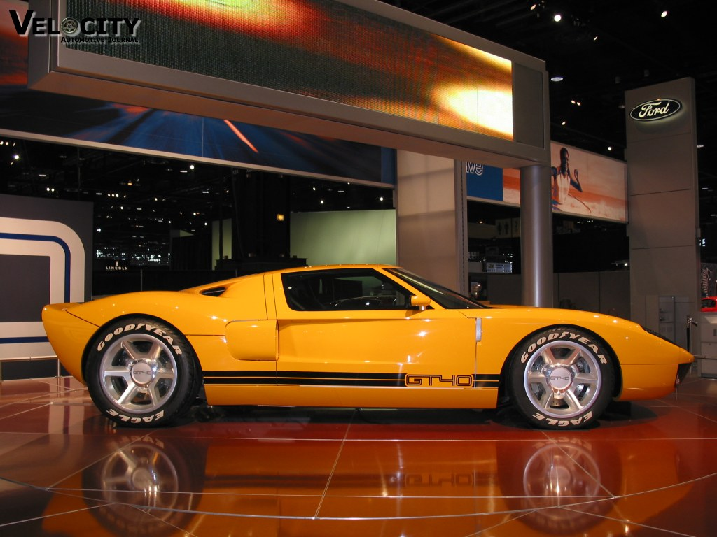 2002 Ford GT40 Concept photo - 1