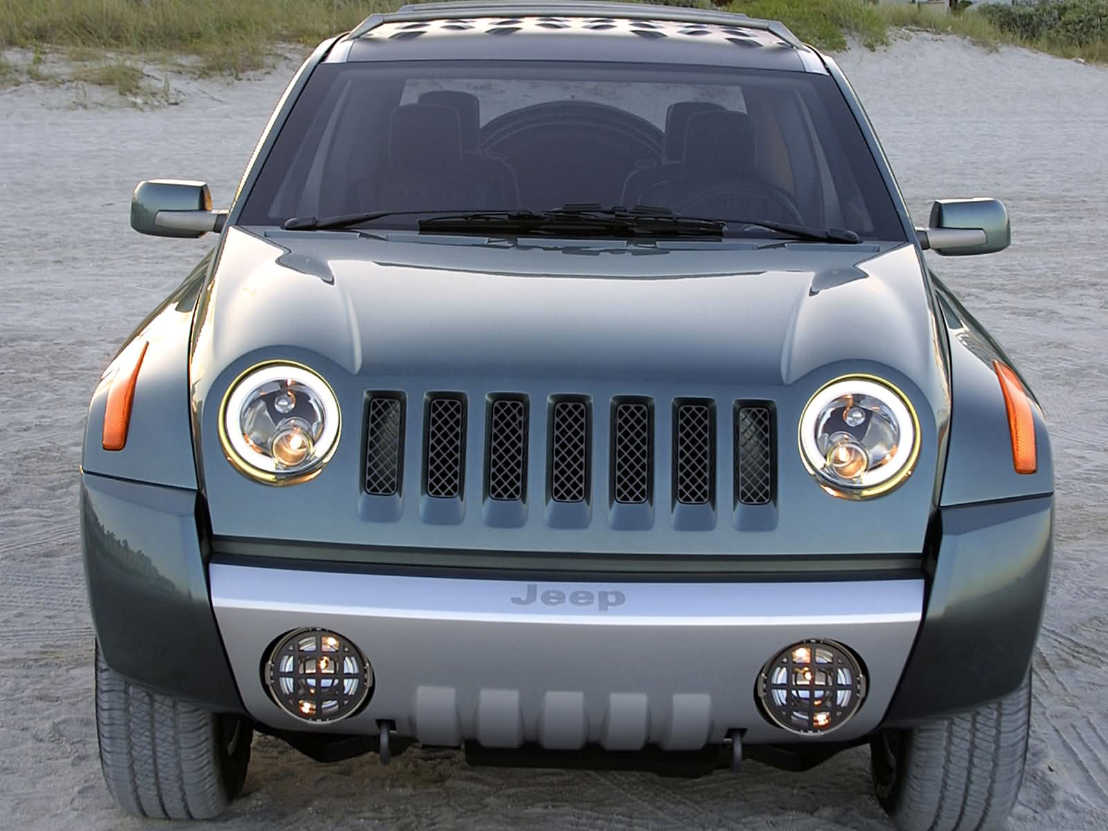 2002 Jeep Compass Concept photo - 3