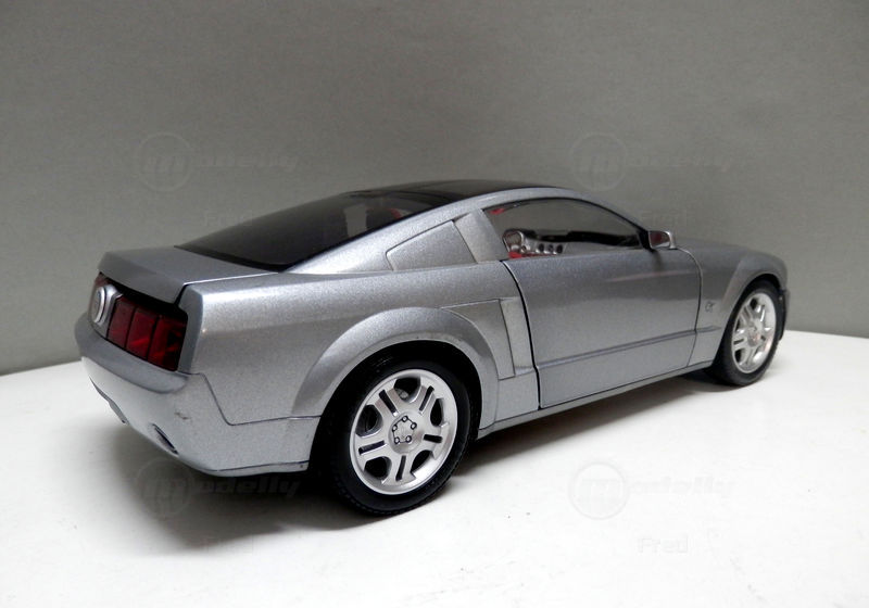2003 Ford Mustang GT Coupe Concept photo - 3