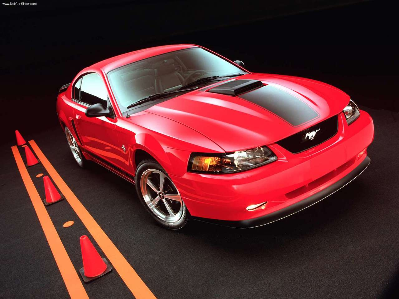 2003 Ford Mustang Mach 1 photo - 1