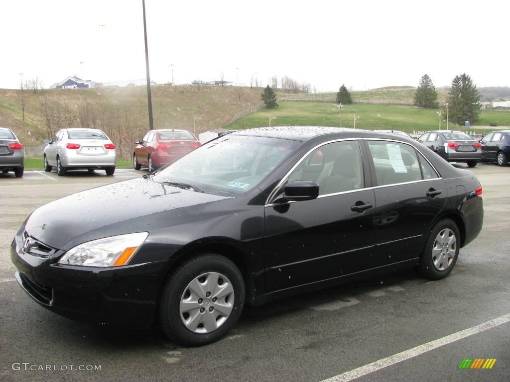 2003 Honda Accord Sedan 2.0E European Version photo - 2