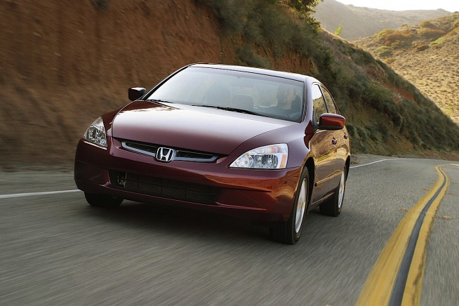 2003 Honda Accord Sedan 2.0E European Version photo - 3