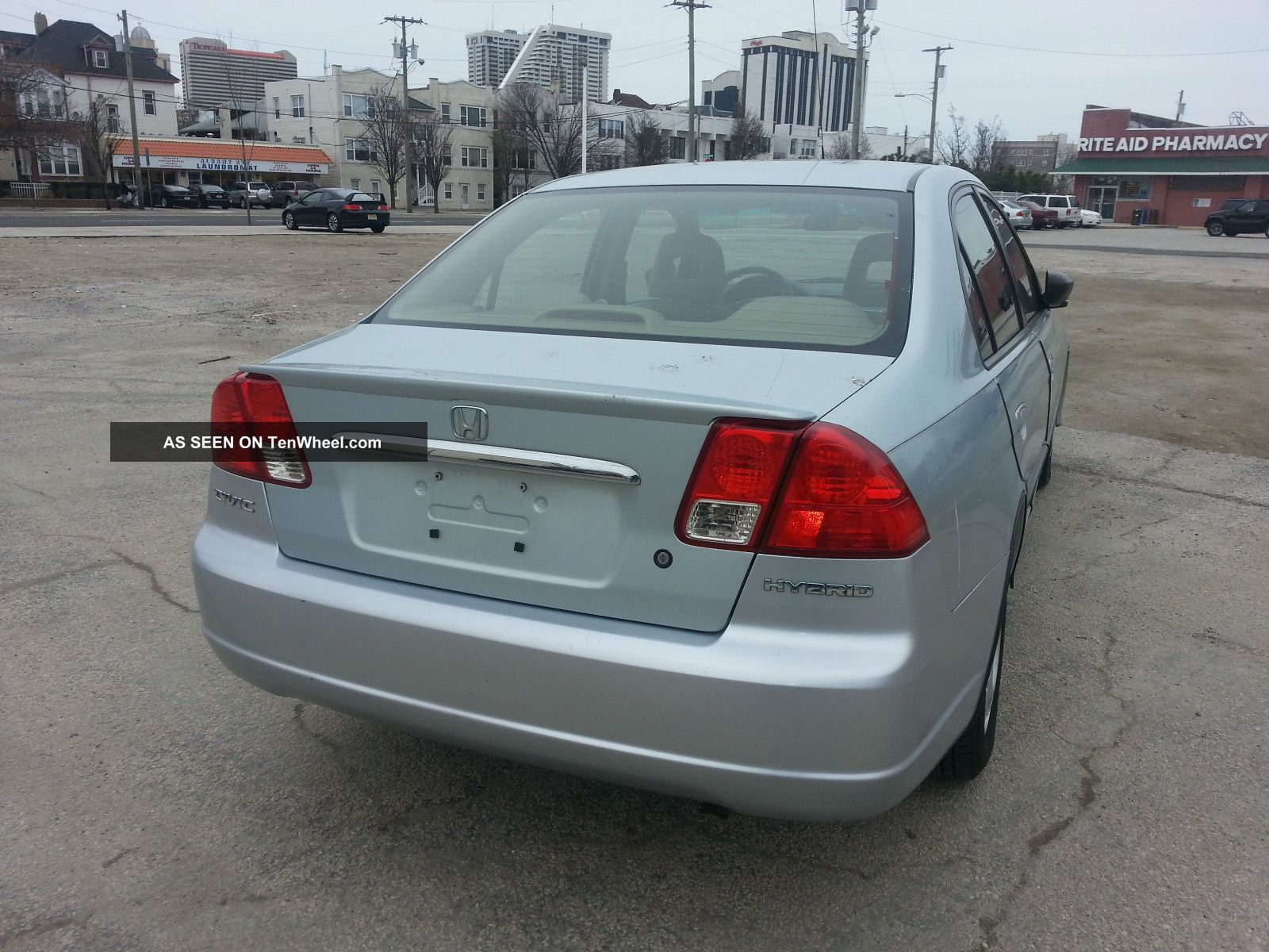 2003 Honda Civic Sedan photo - 3