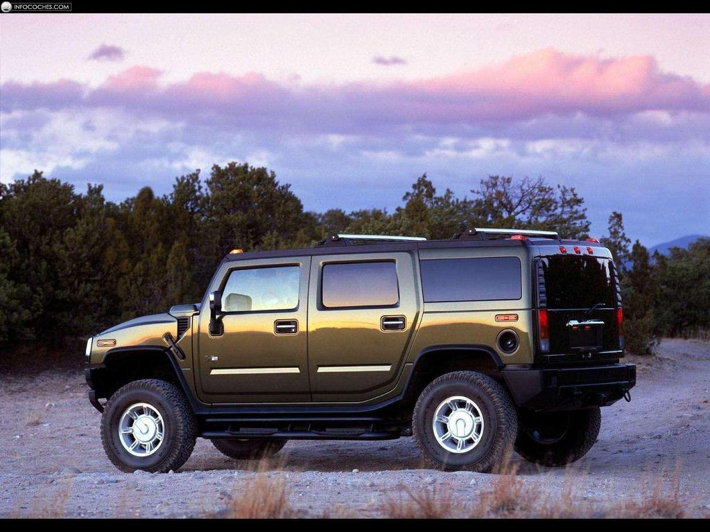 2003 Hummer H2 with GM Accessories photo - 1