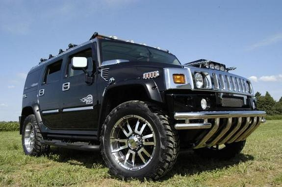 2003 Hummer H2 with GM Accessories photo - 3