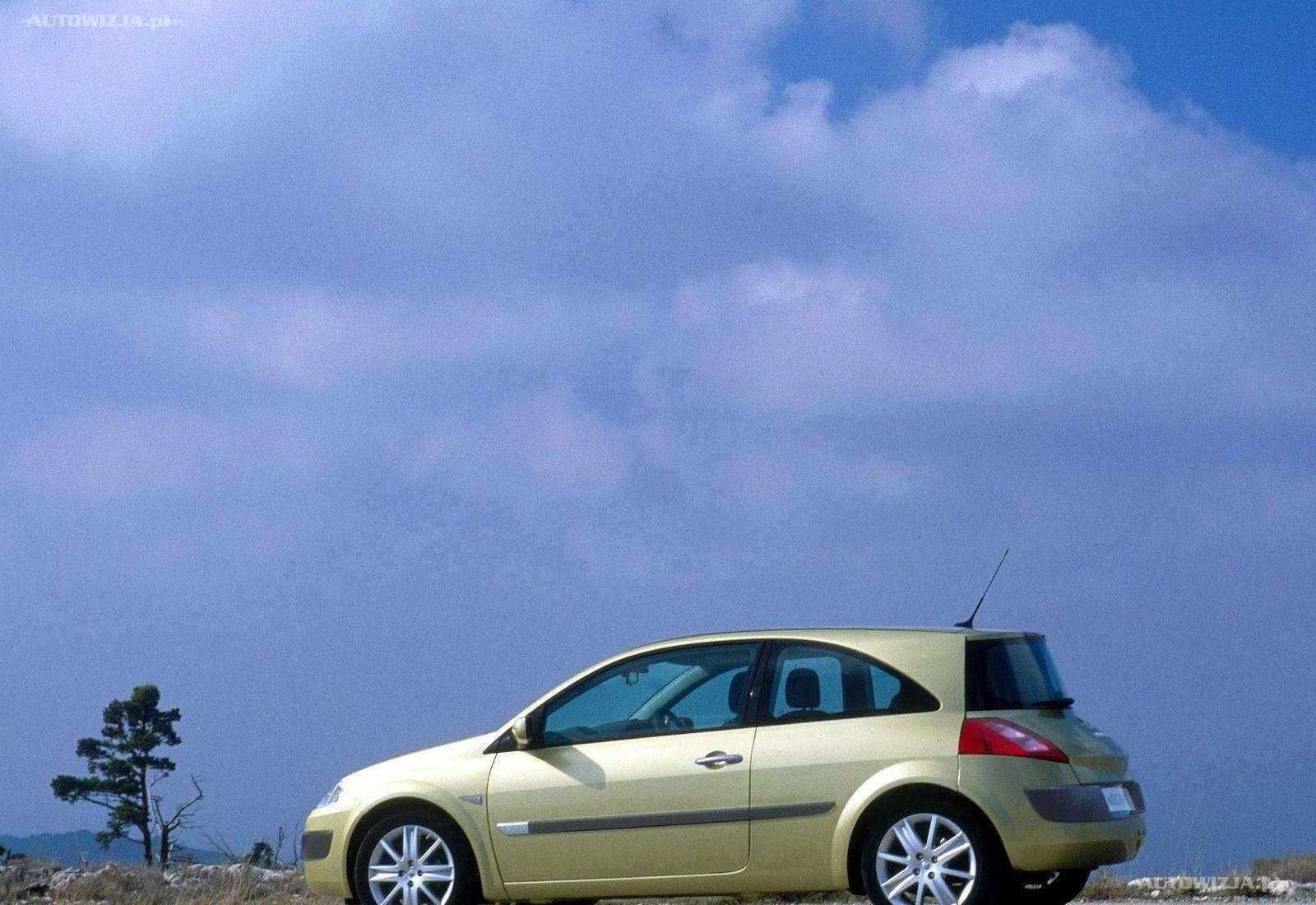 2003 Renault Megane II Sport Hatch photo - 2