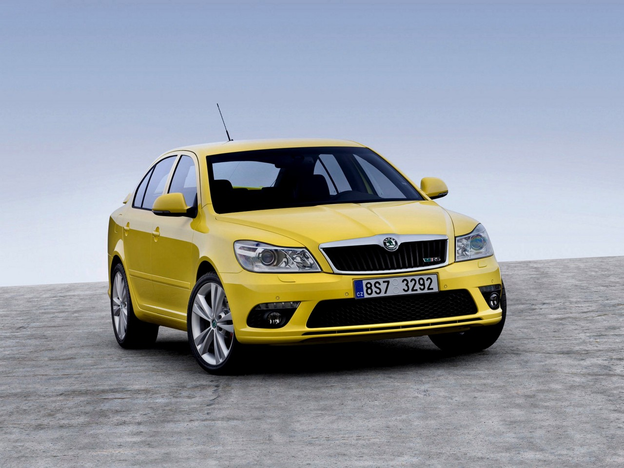 2003 Skoda Roomster Concept photo - 1