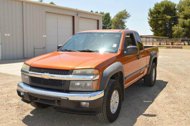 2004 Chevrolet Colorado LS Z71 Extended Cab photo - 3
