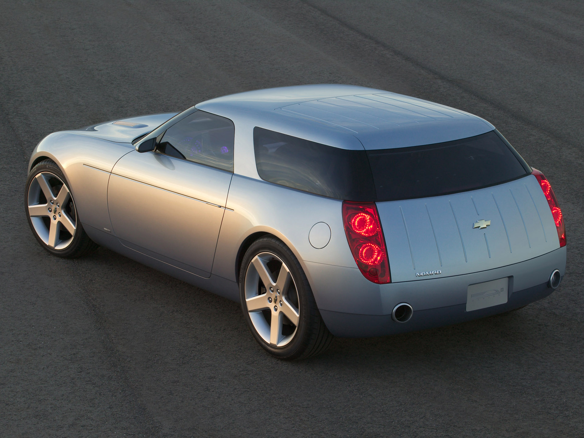 2004 Chevrolet Nomad Concept photo - 1