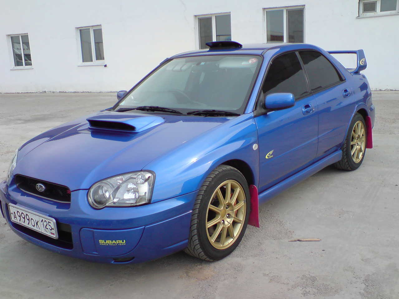 2004 Subaru Impreza WRX STi photo - 1