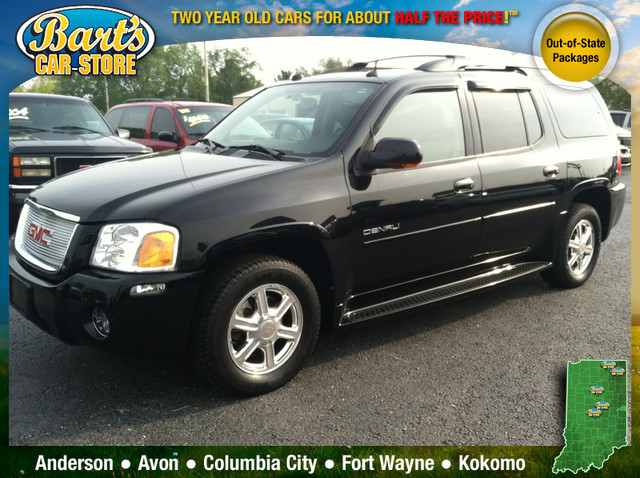 2005 GMC Envoy Denali photo - 1