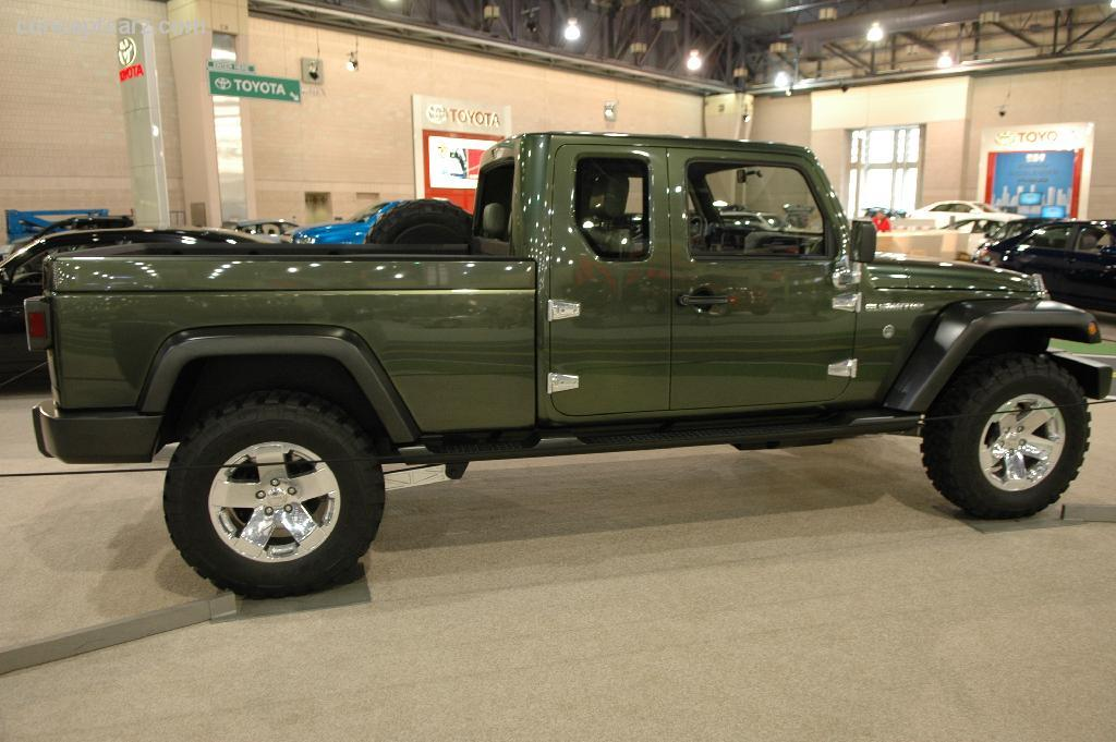 2005 Jeep Gladiator Concept photo - 1