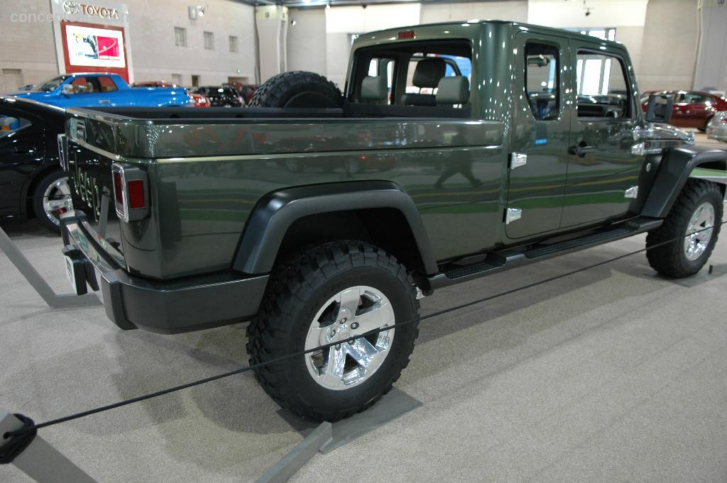 2005 Jeep Gladiator Concept photo - 2