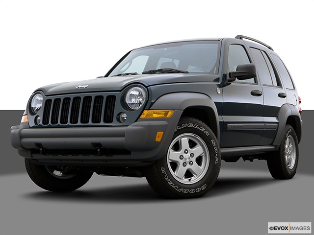 2005 Jeep Liberty Renegade 3.7 photo - 3