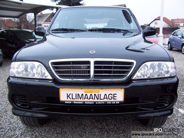 2005 SsangYong Musso Sports photo - 2