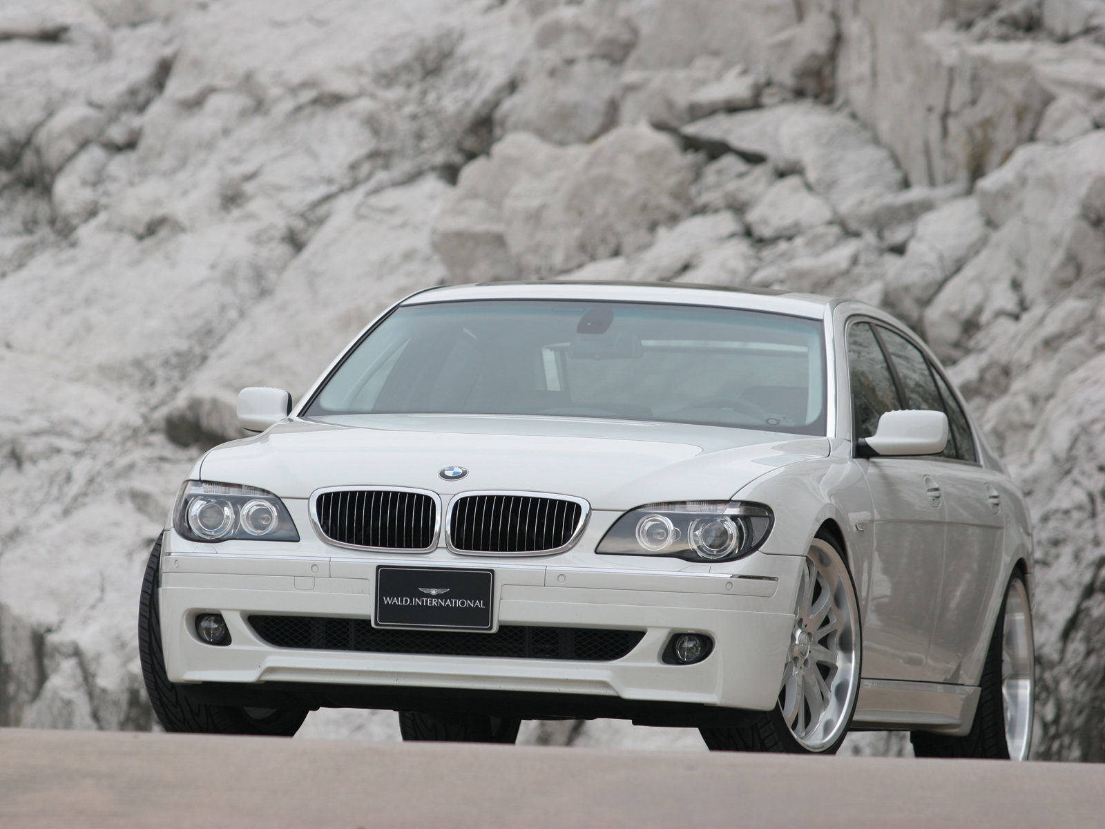 2005 Wald BMW 7 Series photo - 1