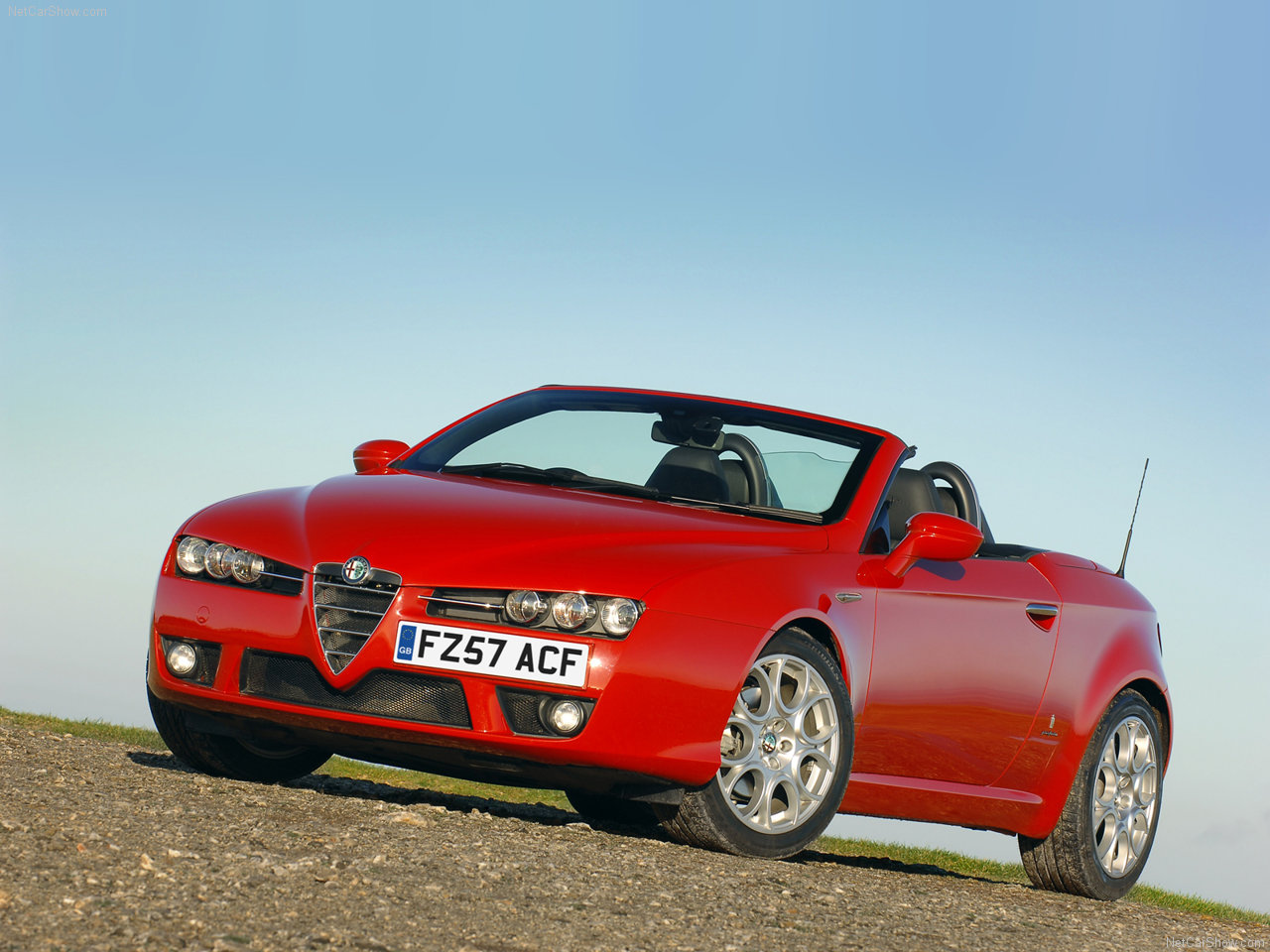 2006 Alfa Romeo Spider UK Version photo - 3