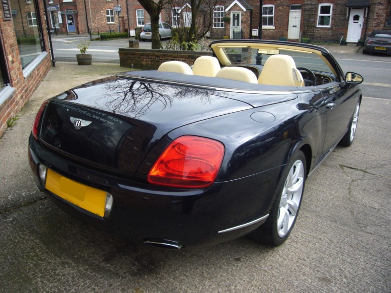 2006 Bentley Continental GTC photo - 1