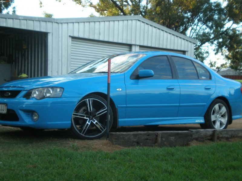 2006 Ford BF MkII Falcon XR8 photo - 3