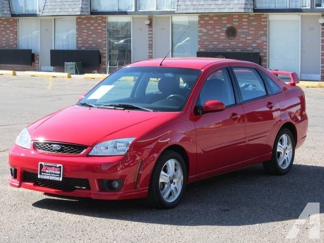 2006 Ford Focus ST photo - 3