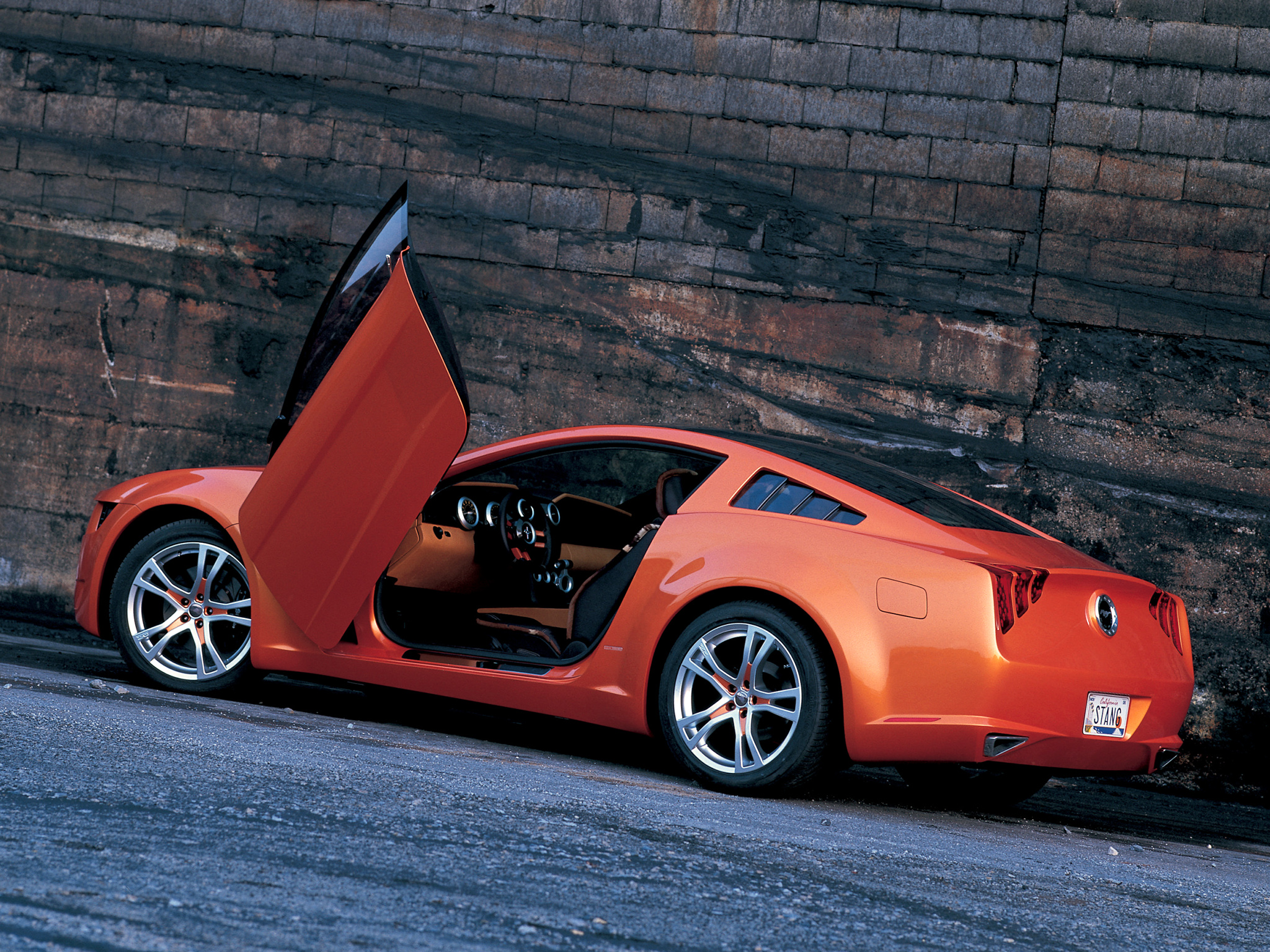 2006 Ford Mustang Giugiaro Concept photo - 1