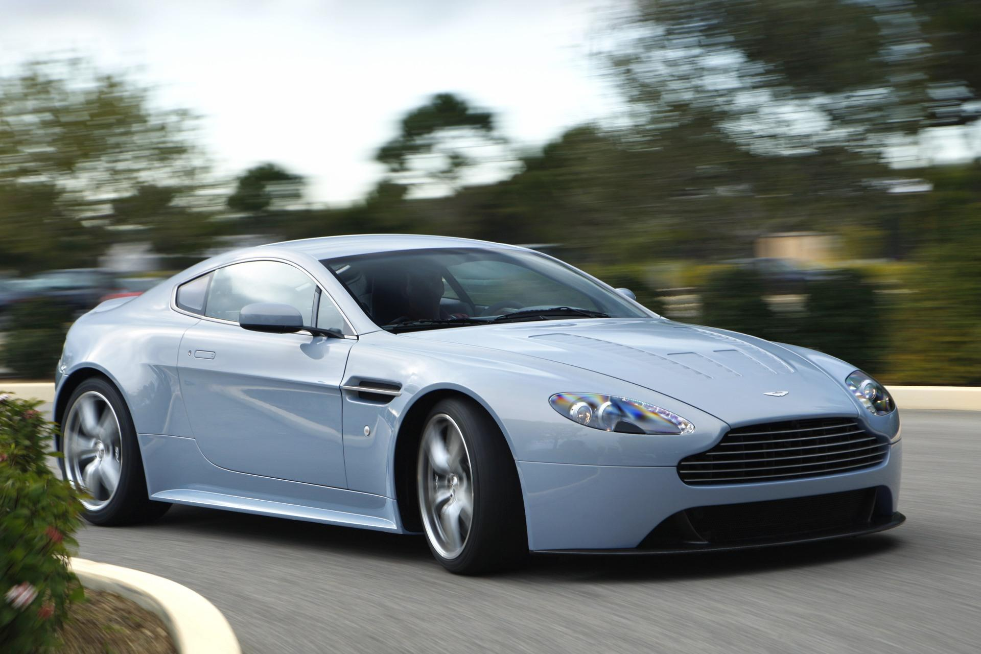 2007 Aston Martin V12 Vantage RS Concept photo - 2