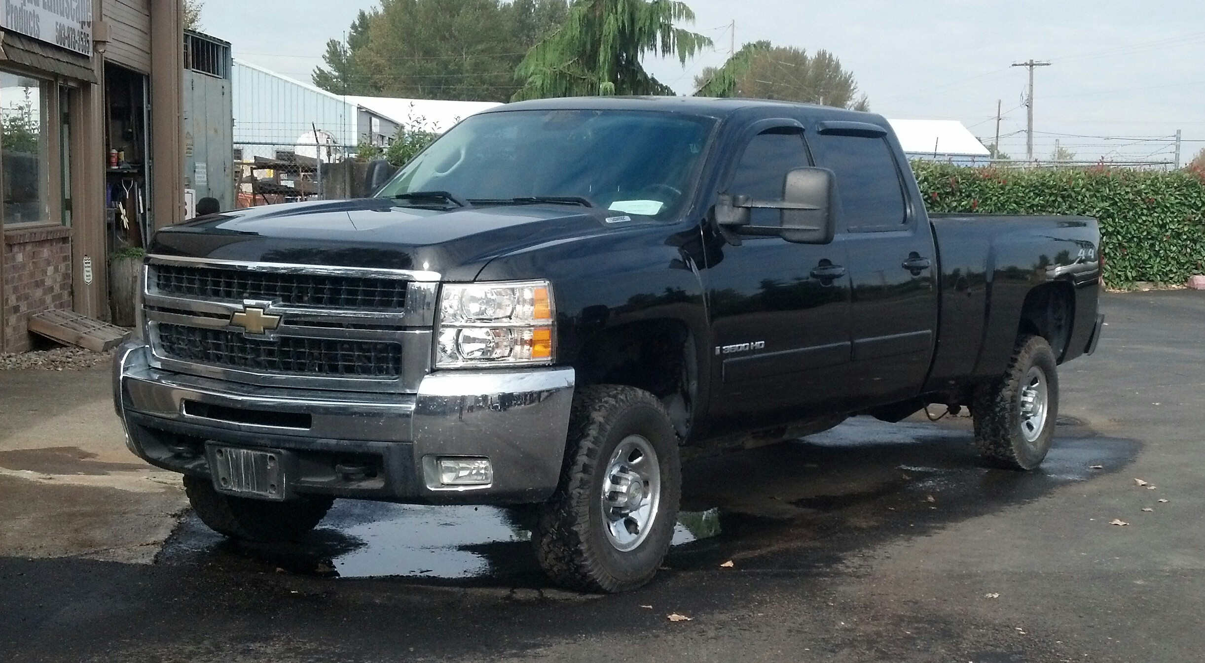 2007 Chevrolet Silverado 3500 HD LTZ Crew Cab photo - 1