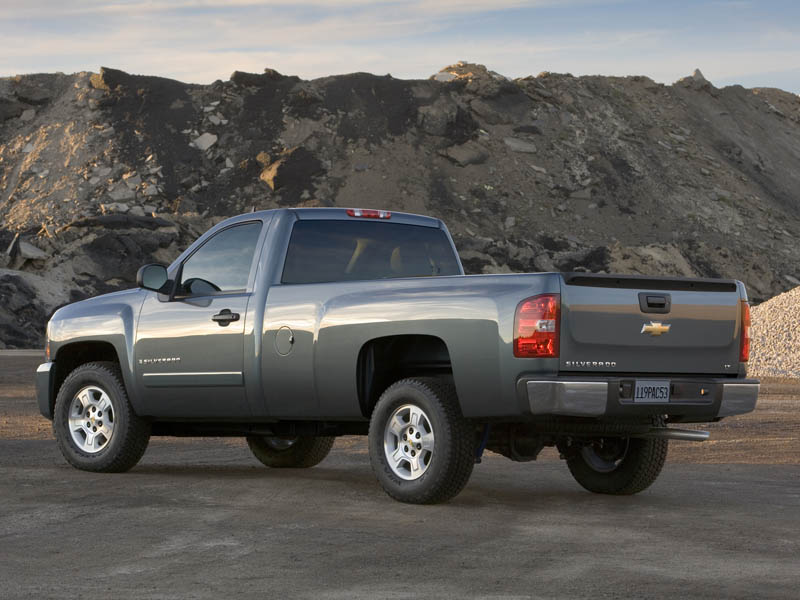 2007 Chevrolet Silverado 3500 HD LTZ Crew Cab photo - 2