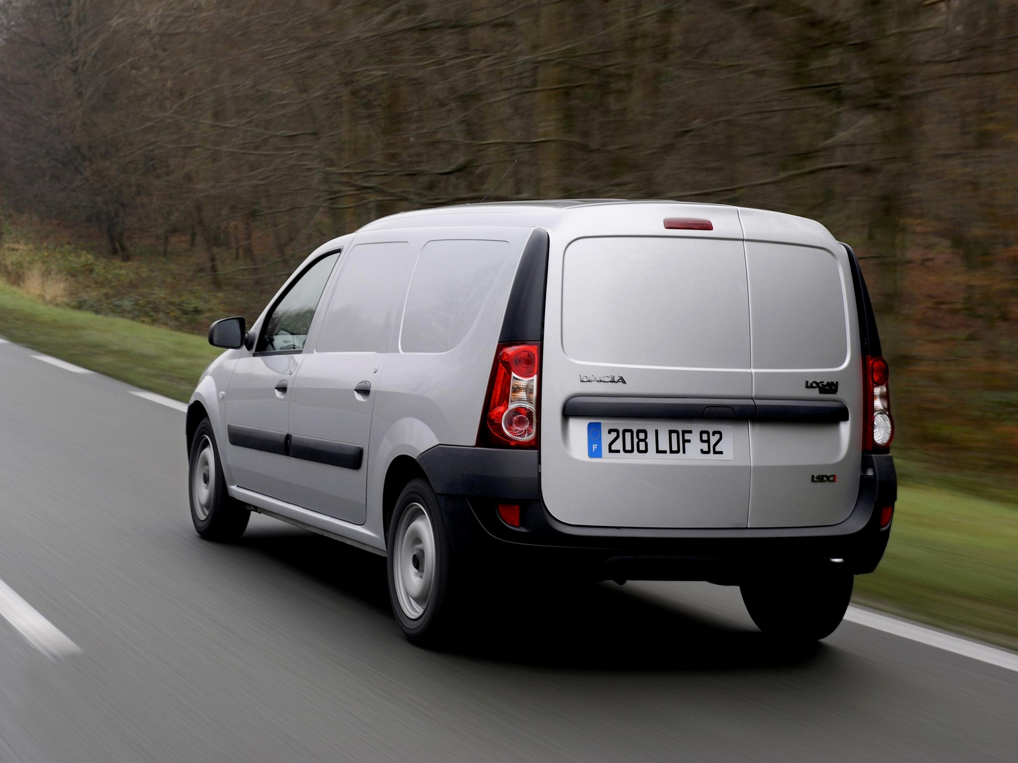 2007 Dacia Logan Van photo - 3