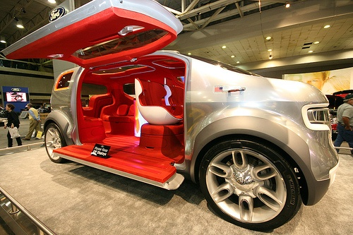 2007 Ford Airstream Concept photo - 2